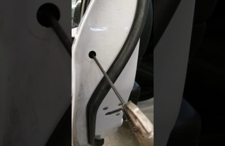 Dodge Stratus Door Handle in San Diego 92142 CA