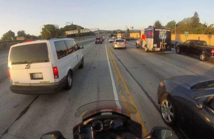 Dodge Ram crosses double yellow @ 1:15 in City 20209 Washington DC