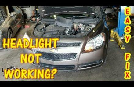 2006 Dodge Stratus Headlight at Los Angeles 90054 CA