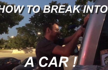 Dodge Stratus Locked Keys In Car at Los Angeles 90053 CA