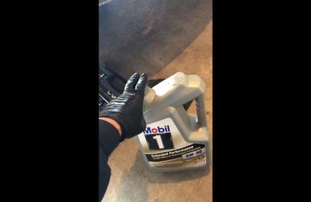 Dodge Caliber Oil Change Near Detroit 75436 TX USA
