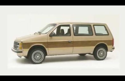 1984 PLYMOUTH VOYAGER – THE FIRST CHRYSLER MINIVAN Near National City 92180 CA