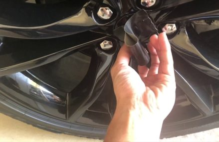 Dodge Challenger – Center Cap removal & install Near 2351 Abington MA