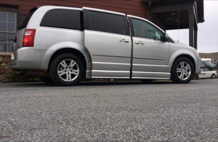 2010 Dodge Grand Caravan SXT Braun Entervan For Mesa 85212 AZ