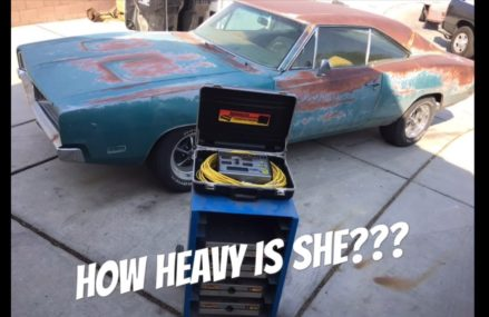 What does a 1969 Big block 440 Dodge Charger weigh??? We find out at 8106 Audubon NJ
