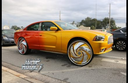 WhipAddict: Kandy Blue Dodge Charger on Forgiato 32s, Yellow/Orange Charger on DUB 30s Near 30354 Atlanta GA