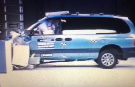 1996 Dodge Grand Caravan moderate overlap IIHS crash test Local Lumber Bridge 28357 NC