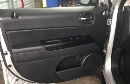 Dodge Caliber Door Panel Removal at Scroggins 75480 TX USA