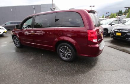 2017 Dodge Grand Caravan SXT | Octane Red  | HR611739 | Redmond | Seattle at Naples 34114 FL