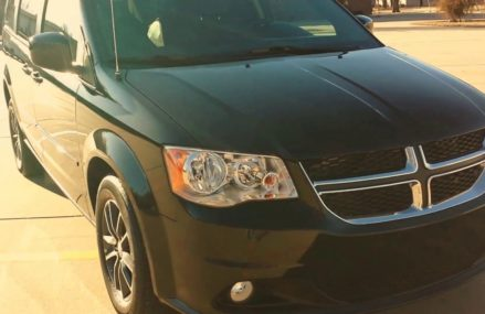 Mobility/Wheelchair 2017 Dodge Caravan, 100 miles, $35,900 in New Port Richey 34654 FL