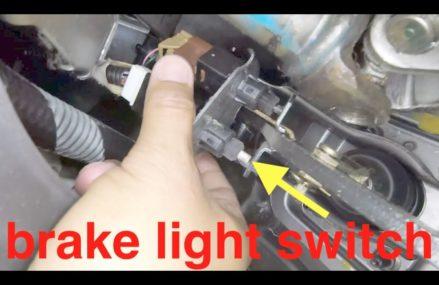 Dodge Caliber Brake Light Near Huntsville 77343 TX USA