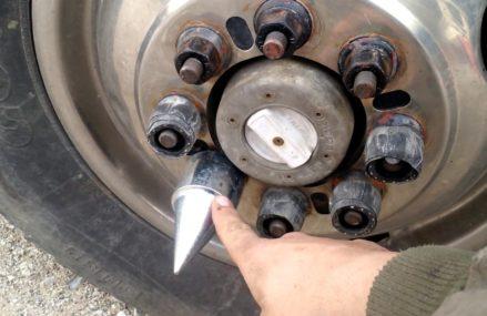 How to spike lug nuts Local 62479 Wheeler IL