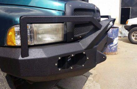 2004 Dodge Stratus Front Bumper – San Diego 92101 CA