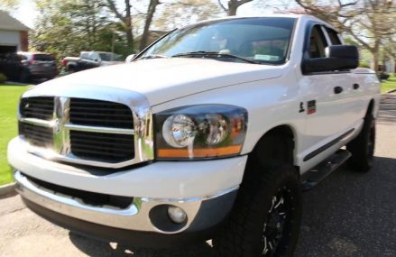 2007 Dodge Ram 2500 4×4 Crew Short Bed For Sale~5.9L Diesel~Fuel 20″ Wheels~ONE OWNER Locally at 61076 Scioto Mills IL