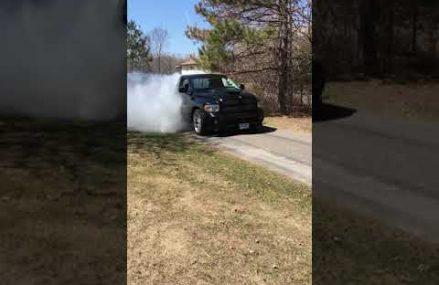Turbo viper truck burnout!! Local Maple 27956 NC