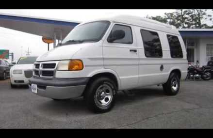 ** SUPER CLEAN INSIDE AND OUT !! ** 1999 DODGE RAM VAN B1500 CONVERSION ** FOR SALE !! Zip Area 79078 Sanford TX