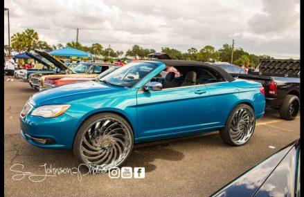 Dodge Caliber Gold in Dallas 75207 TX USA