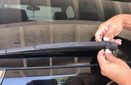 Dodge Caliber Windshield Wipers at Austin 78735 TX USA