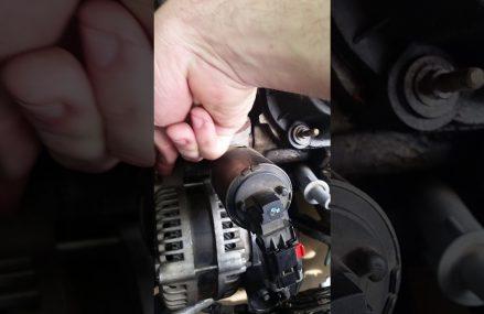 Chrysler Town & Country alternator serpentine belt tensioning tip For Manchester 40978 KY