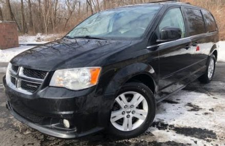 2011 *Dodge Grand Caravan* LOADED STOW'N GO SEATS ONE OWNER WARRANTY WE FINANCE (Akron, Ohio) Local New York City 10075 NY