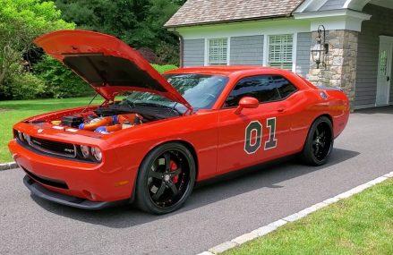 Supercharged 2009 Dodge Challenger SRT8 For Sale~6 Speed Manual~BIG $$$ Invested For Las Vegas 89125 NV