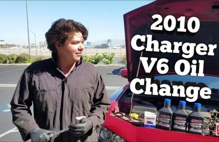 2010 Dodge Charger Motor Oil Change For 44326 Akron OH