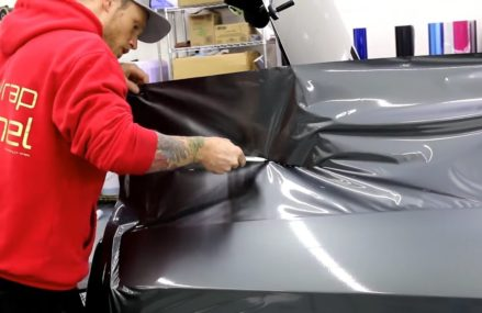 UP CLOSE VIDEO (POV)! DODGE 392 CHALLENGER Vinyl Wrap. HOW TO VINYL WRAP REAR QUARTER PANEL Local Leopolis 54948 WI