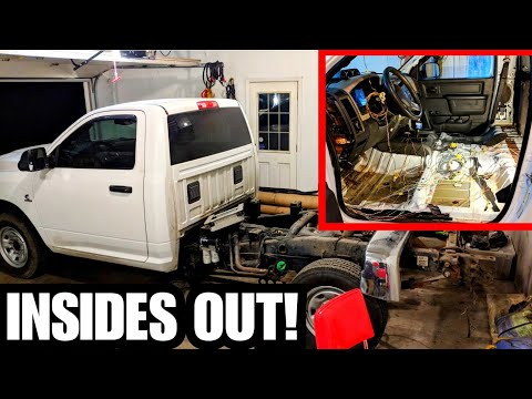 RACE TRUCK GUTTING CONTINUES!! 4th Gen 6.7 Cummins Dash Gets Picked Apart! Dodge Ram Dash Cover
