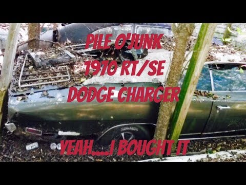 The clapped out rotted junk of 1970 RT/SE Dodge Charger i dug out and drug home 2021