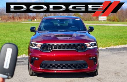 2021 Dodge Durango // BIG REFRESH for the Meanest 3-Row in Town! Akron Ohio 2018