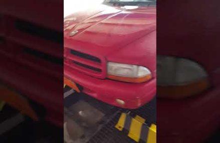 Dodge durango 2000 model get shower. Worcester Massachusetts 2018