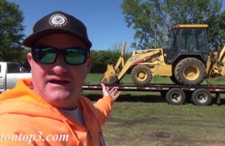 Dodge Ram 3500 Cummins diesel pulling a John Deere backhoe Near 45899 Wren OH
