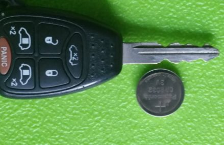 CHRYSLER REMOTE BATTERY REPLACEMENT, 2006 T&C CR2032 Near 50026 Bagley IA
