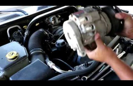 2006-2010 Jeep Commander/Dodge Dakota/Durango/Aspen AC compressor (4.7L V8 engine) Local 8089 Waterford Works NJ