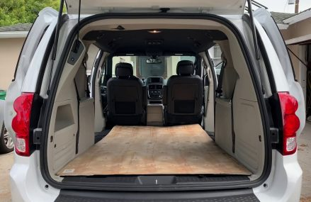 How Big Is The Inside Of A Dodge Grand Caravan From Middletown 22649 VA